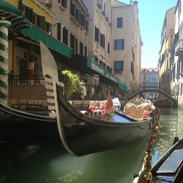 Take me back! #tbt #venice #italy #gondola #gorgeous #goodtimes #memories #nofilter