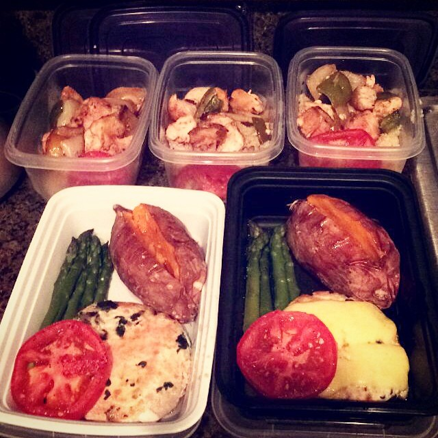 Nomz for dayz #mealprepping #cleaneating #healthy #organic  #fitness #foodie #wellness #fitgirls #eatclean #nomz #yummy