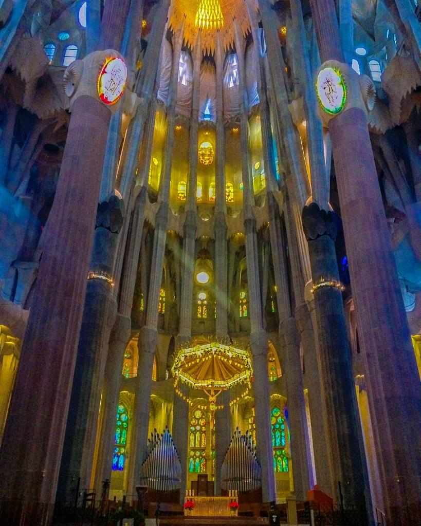 prayer sagrada familia barcelona